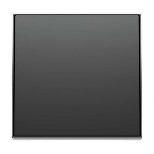 Накладка ABB 2CLA850700A1501 для кабельного вывода арт.8107 и выключателя со шнурком арт.8148, чёрный барха накладка abb 2cla851810a1501 для 1 го суппорта разъёма типа 2017 или 2018 со шторками и полем для надписи чёрный бархат