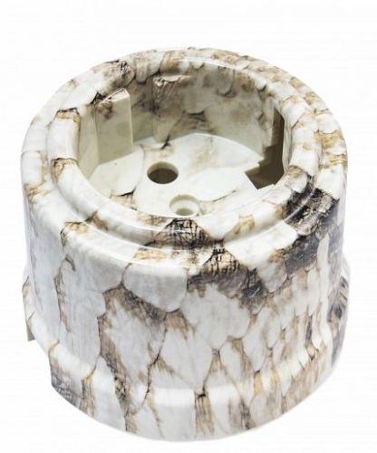 Розетка Bironi B1-101-12 королевская кобра, с заземляющим контактом, пластик