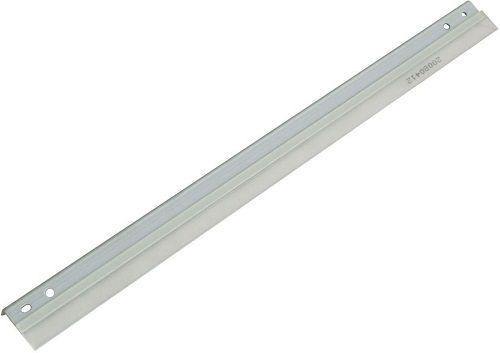 Запчасть Ricoh AD041105 чистящее лезвие 2 (charge roller cleaning blade) для Aficio 2035/2045 (old AD041095)