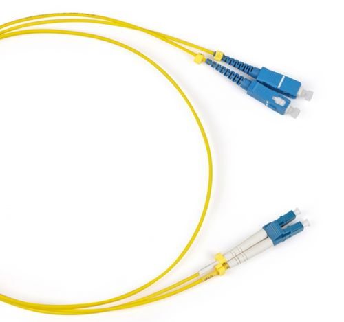 Кабель патч-корд волоконно-оптический Hyperline FC-9-LC-SC-UPC-1M FC-D2-9-LC/UR-SC/UR-H-1M-LSZH-YL SM 9/125 (OS2), LC/UPC-SC/UPC, duplex, LSZH, 1 м патч корд hyperline fc d2 50 lc pr sc pr h 1m lszh 1 м оранжевый
