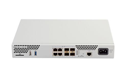 Маршрутизатор ELTEX ESR-100 FSTEC с ПО esr-100-1.0.7-ST, 4x Combo 10/100/1000BASE-T/1000BASE-X SFP, 1x USB 2.0, 1x USB3.0, 1 слот для SD-карт, 4GB RAM