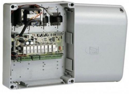 Блок CAME ZF1N для 2-х приводов; возможность подключения эл. замка; для редукторов с питанием 230В; НЕ работает с платой радиоуправления CAME AF43RU
