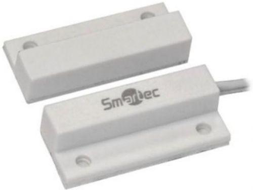Датчик Smartec ST-DM111NC-WT магнитоконтактный, НЗ, накладной для деревянных дверей, зазор 20 мм, белый