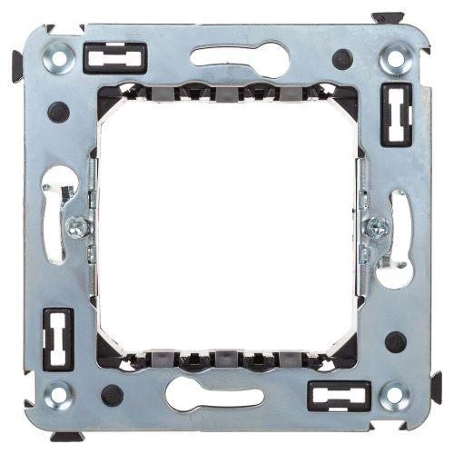 Фото - Каркас DKC 4400802 с лапками для монтажа модульных механизмов в стену, под 2 модуля, Avanti суппорт legrand 653178 для монтажа механизмов эуи 2 3 модуля