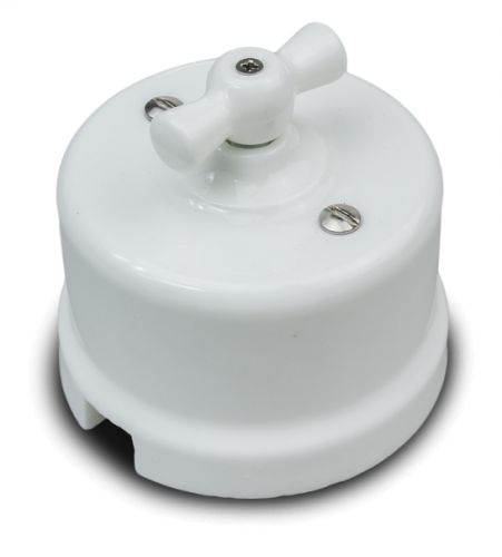 Выключатель Bironi B1-202-01 белый, 2-клавишный выключатель 2 клавишный de fran happy цветок белый розовый
