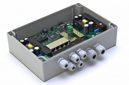 Коммутатор управляемый TFortis PSW-2G 4F гигабитный уличный для подключения 4 камер