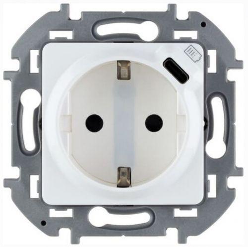 Розетка Legrand 673770 Inspiria белая 2К+З немецкий стандарт 16А 250В со встроенным зарядным устройством USB C 1.5А 5В